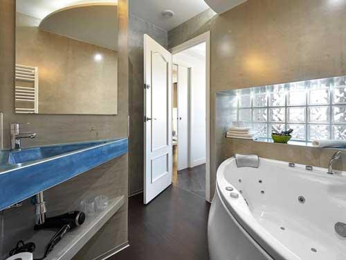 Gaudint Barcelona Suites